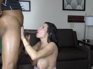 Veronica Avluv (Full HD)