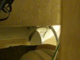 Online Tube H-V Japanese toilet style - voyeur