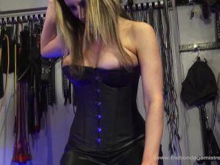 The Bondage Mistress Club – Nikki Whiplash, Miss Miranda, Nikki Whiplash – Hogging The Seat