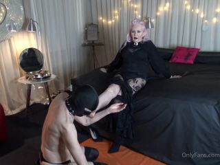 Miss Kim Rub - Foot Worship And Massage [HD 720P] - Screenshot 2
