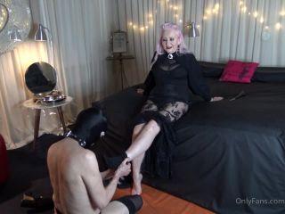 Miss Kim Rub - Foot Worship And Massage [HD 720P] - Screenshot 5