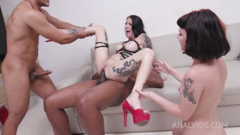 Cris Bathory, Candy Crush - Cris Bathory&Candy Crushassfucked together in 3on2 orgy with DP, DAP, Prolapse pounding and Piss Drinking YE112 [HD 720P]