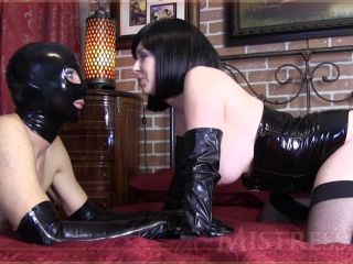 Mistress T in Kinky Cuckold Cocksucker
