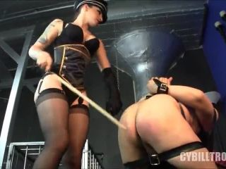 Cybill Troy – Cold Caning