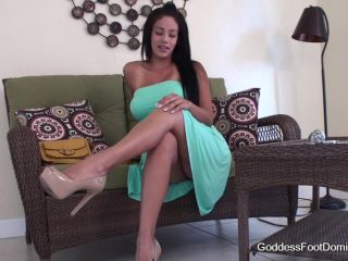 Feet JOI – Goddess Foot Domination – Goddess Jamie Valentine – Pity JOI
