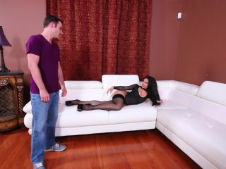 Foot Smelling – Subby Hubby – Goddess Tangent and the Panty Sniffer Part 1 – Stocking Worship