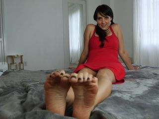 Soles – Stella Liberty – Netflix and Chill Cheater, elbow fetish on femdom porn