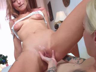 Mashayang and her GF fantastic vaginal fisting domination each other