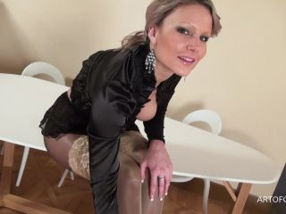 Sara in black shiny pantyhose