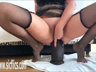 Nikoletta destroys her ass / November 1st, 2019 / New