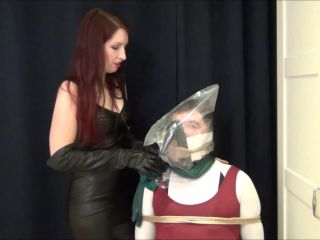 Lady Renee - Bagging Session