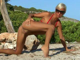 Bikini_pleasure_com - Bikini_Pleasure_2009-11-09