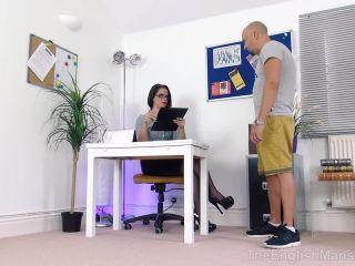 Handjob – The English Mansion – Leg Show and Tell – Part 1 – Miss Tiffany