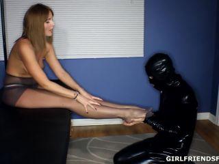 Femdom feet worship