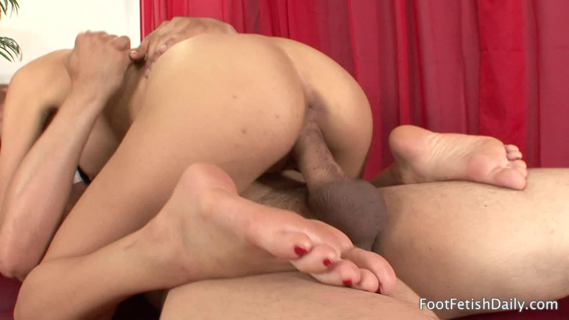 Sasha Foxxx Feet Humiliation