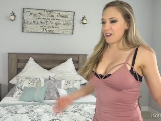 Milf Playing wit Dildo
