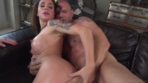 Malena Nazionale, Hannah Vivienne - Rocco Siffredi Hard Academy (720p)