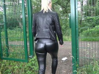 Lara CumK!tten - Parkplatz User Treffen - Die XXL Sperma Fick Party