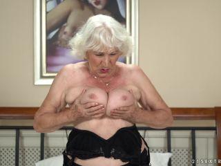 LustyGrandmas presents Norma, Rob in Rob Loves Normas Pussy – 23.08.2018