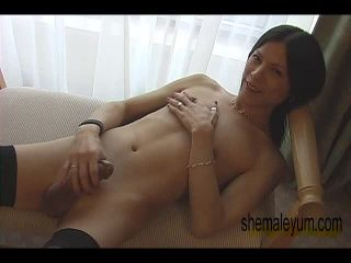 Online shemale video Sexy Cranberry Cris is Ready
