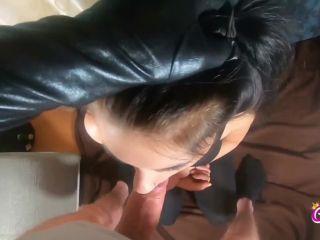CaraliaDeluxe - Gefesselt in Mund gefickt und rein gespritzt  - porn - amateur porn amateur hard porn