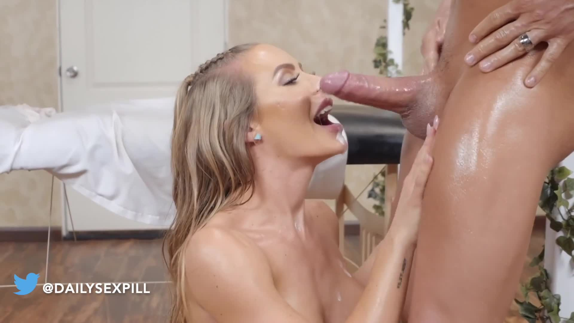 Nicole Aniston Pov Riding