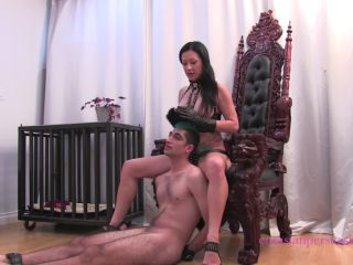 Hand Over Mouth – Vancouver Kinky Dominatrix – Royal Double Knockout