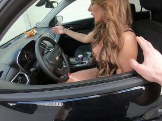 Bang! Screw The Cops presents Richelle Ryan Runs From The Cops And Gets Her Pussy Fucked In A Laundromat – 17.04.2019