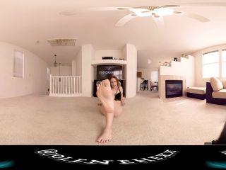 Barefoot – Jolene Hexx – Foot Pussy JOI VR360