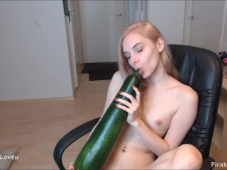 ManyVids Webcams Video presents Girl ScarletLoveU in My big Zucchini