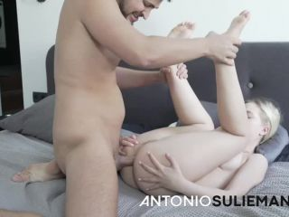 Emily Cutie - The 18 years old lost Russian girl