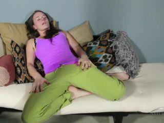 Jackie Paige masturbates Jackie Paige
