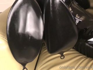 008903Latex_Rubber_Leather