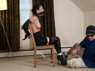 tilly-chair-tied-girdle-boots-full-2016-hd-mp4 (529.5 Mb, Mp