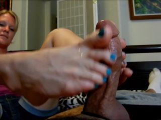 Size 10 blonde blue toes footjob double hot