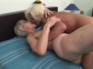 Pussy Licking Grannies