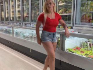 devil-sophie - Pervers Public Gefriertruhe im Lebensmittelladen vollge ...