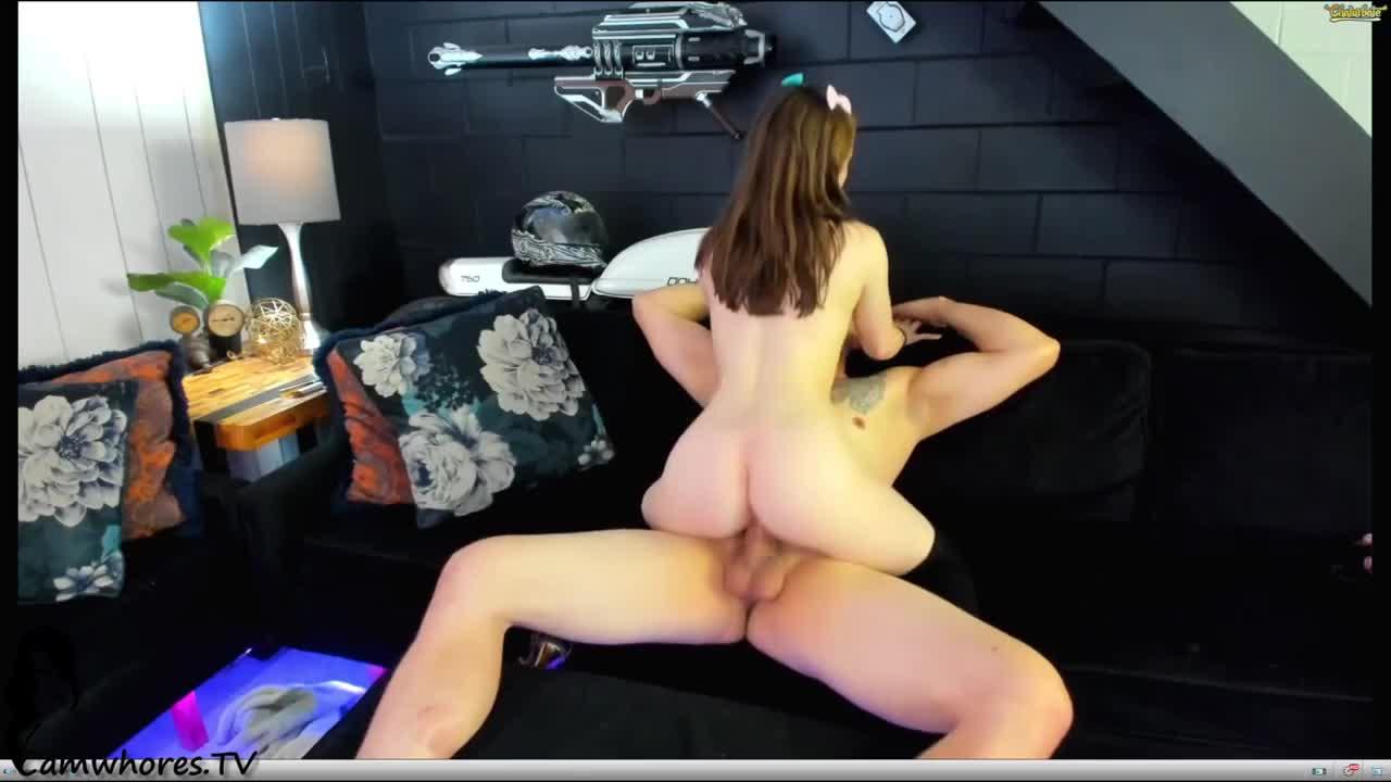 Shemale Fucks Female Webcam
