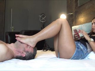 Online porn ALICE - Your place is under my feet - ENDLESS foot domination, face as a footstool - Human Furniture