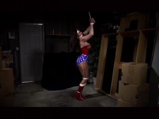 Wonder Woman Struggle