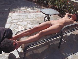 Men Are Slaves – Lyla Storm – Goddess Life (2160p) – Foot Fetish