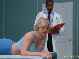 Dee Williams - Ass Reduction?!