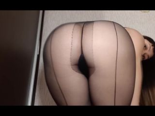 Dianascat - My torn tights are in the shit [FullHD 1080P] - Screenshot 3