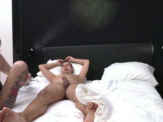 Porn tube Meli-Deluxe - Devot und geil - - ch brauche es immer hart