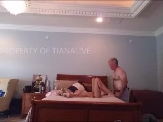 ManyVids presents TianaLive in LOCKSMITH