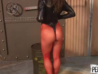 Sweetfemdom – Chichi Medina – Seductress Owns Your Mind