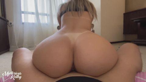 Perfect Body Brazilian Girl Fucks on the Floor [UltraHD/4K 2160P]