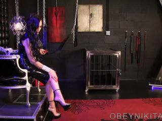 Bootlicking – Mistress Nikita FemDom Videos – Obey Nikita – Cum For My Clear Booties