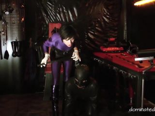 Rubber – Dominated-Men – Art of Pain Part1 – Baroness Merceds