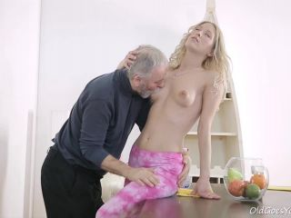 Info This guy had always wanted to fuck a young girl. He had always h ...